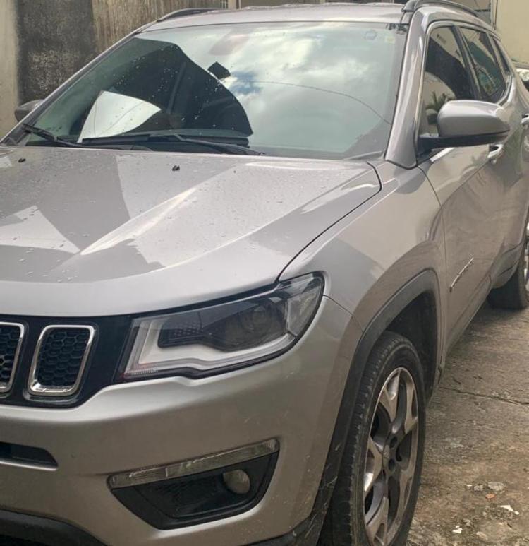 Carro com placa adulterada foi apreendido com suspeita | Foto: Divulgação | Polícia Civil