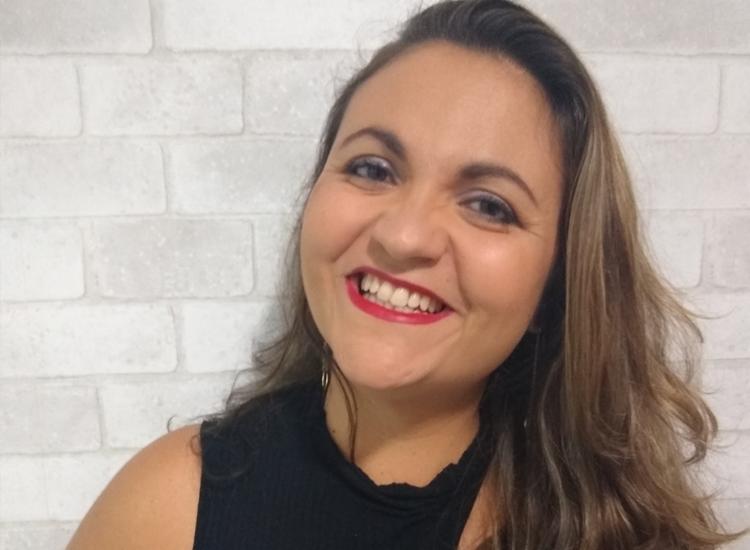 O susto ao precisar passar por uma cirurgia fez Litiane parar de fumar   Foto: Arquivo Pessoa