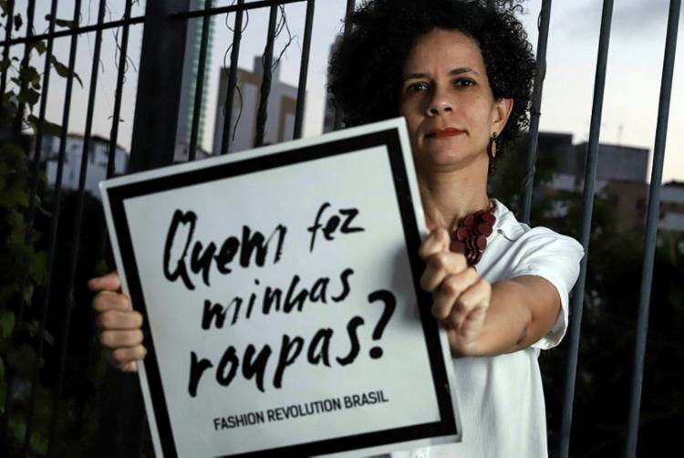 Ana Fernanda é representante do Fashion Revolution em Salvador | Foto: Shirley Stolze | Ag. A TARDE - Foto: Shirley Stolze | Ag. A TARDE
