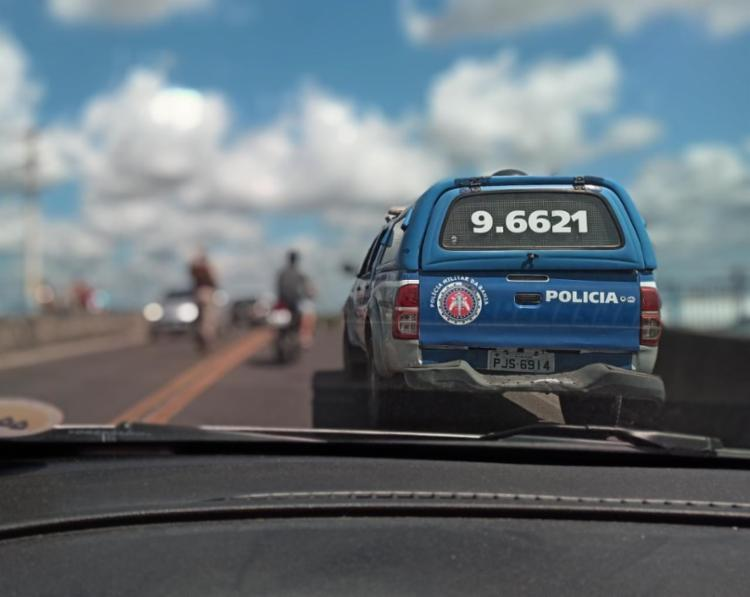 Após a situação dois suspeitos foram localizado em uma motocicleta   Foto: Divulgação   SSP-BA - Foto: Divulgação   SSP-BA