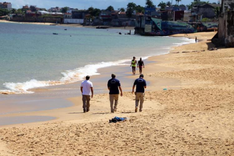 Praias de Salvador continuam com acesso proibido ao público   Foto: Bruno Concha   Secom - Foto: Bruno Concha   Secom