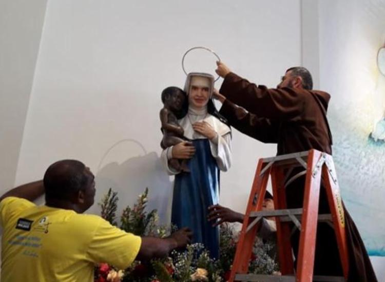 Nesta quinta-feira, 13, comemora-se o Dia Litúrgico da Santa Dulce dos Pobres | Foto: Susana Rebouças | Ag. A TARDE - Foto: Susana Rebouças | Ag. A TARDE