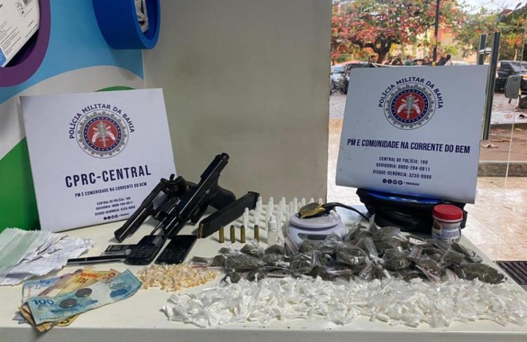 Na operação, foram apreendidas armas, munições e drogas   Foto: Divugação   SSP - Foto: Divugação   SSP