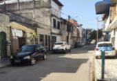 Casal é rendido por bandidos e tem carro roubado no bairro de Periperi | Foto: Reprodução