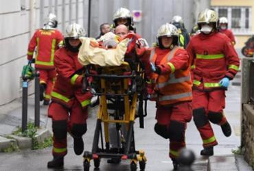 Atentado deixa 4 feridos nas proximidades do antigo Charlie Hebdo | Alain Jocard | AFP