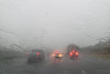 Após chuvas, Codesal registra seis ocorrências em Salvador; previsão é de tempo nublado | Raphael Muller | Ag. A TARDE