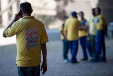 Correios afirmam que mais de 90% dos funcionários voltaram ao trabalho; Federação nega   Foto: Marcelo Camargo   Agência Brasil