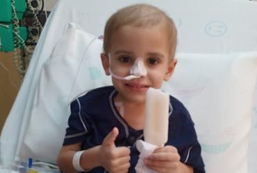 Após campanha, garotinho com leucemia mielóide encontra doador 100% compatível | Divulgação