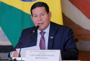 Hamilton Mourão rebate críticas às queimadas | Romério Cunha | VPR