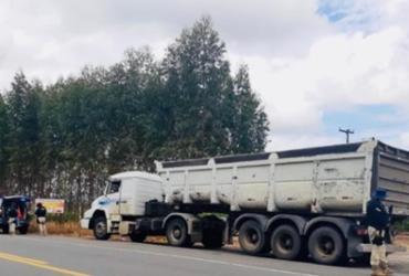 Caminhão furtado no ES é recuperado e suspeito é preso em Itamaraju