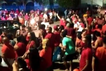 """Festa """"paredão"""" após convenção de candidato em Ubaitaba termina com três pessoas baleadas"""