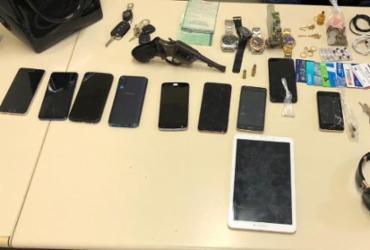 Trio suspeito de roubo e tráfico de drogas é preso em Camaçari