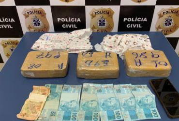 Mulher é presa com dinheiro e cocaína em Vitória da Conquista