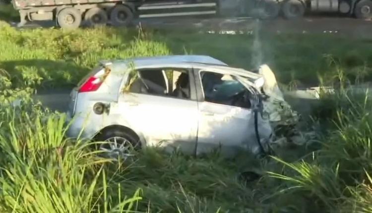 De acordo com testemunhas, trecho da rodovia estava escuro e com muita neblina | Foto: Reprodução | TV Bahia - Foto: Reprodução | TV Bahia