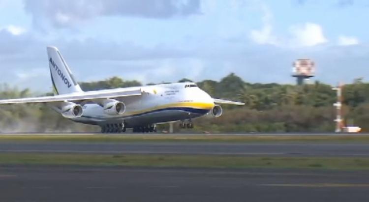 A peça foi para o Terminal de Cargas do Aeroporto de Salvador (TECA) | Foto: Reprodução | TV Bahia - Foto: Foto: Reprodução | TV Bahia
