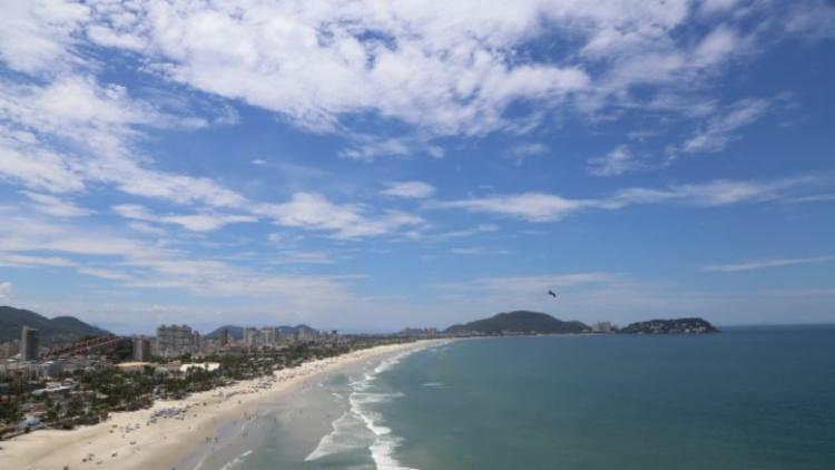Números tem relação com o alto índice de turistas que foram às praias - Foto: Divulgação | Prefeitura de Guarujá