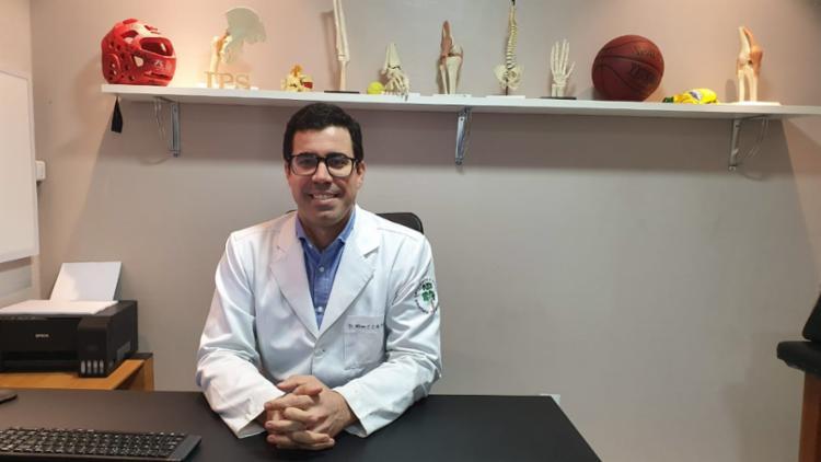 Ortopedista Alisson Almeida destaca que jovens estão se exercitando menos - Foto: Divulgação