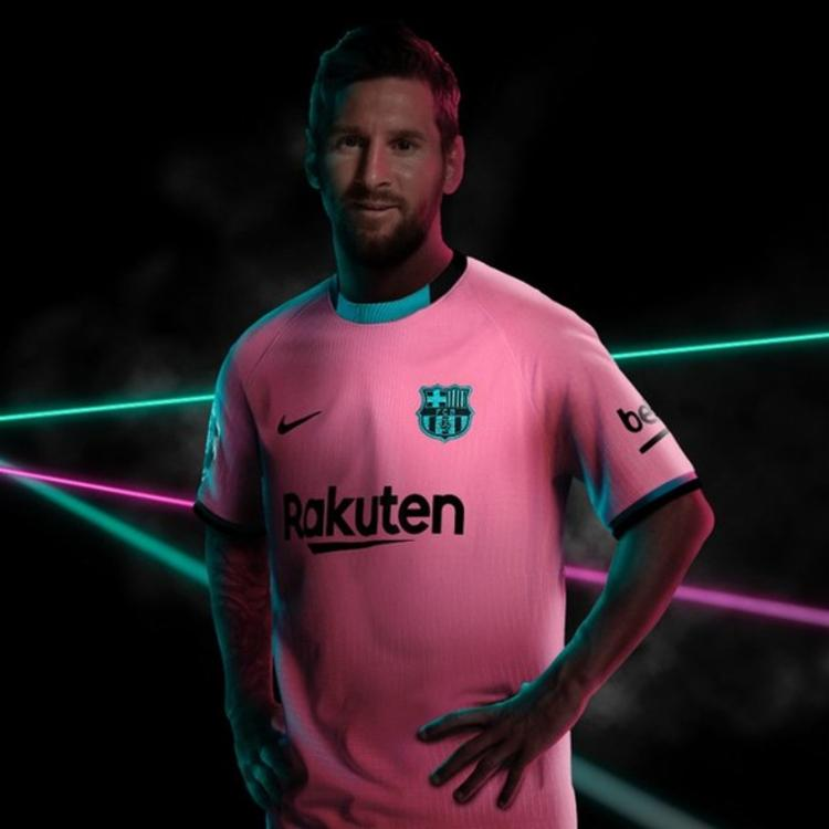 Jogador foi um dos escolhidos para divulgação do novo uniforme | Foto: Reprodução | Twitter - Foto: Reprodução | Twitter