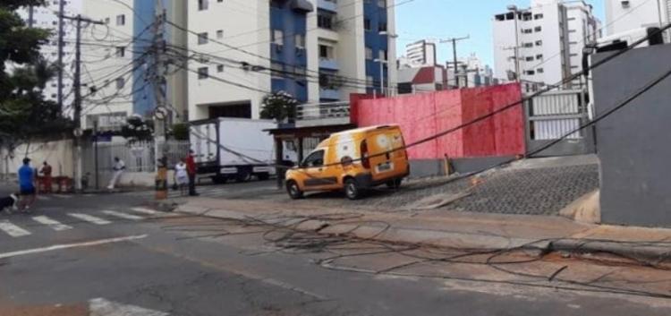 O reservatório, que tombou no fim da manhã da sexta-feira, 18, foi removido na manhã deste sábado, 19 | Foto: Divulgação | Codesal - Foto: Foto: Divulgação | Codesal