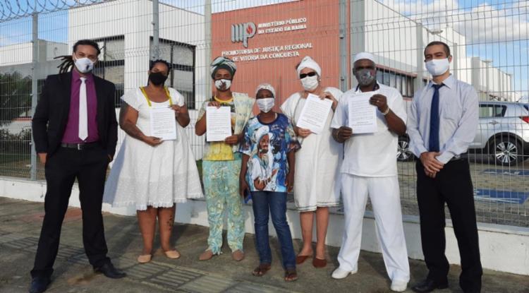 Petição é assinada por representantes de vários terreiros da cidade e instituições, com apoio de advogados   Foto: Divulgação - Foto: Divulgação