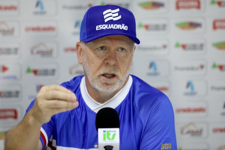 Treinador pediu um tempo para avaliar jogadores   Foto: Felipe Oliveira   E.C.Bahia - Foto: Felipe Oliveira   E.C.Bahia