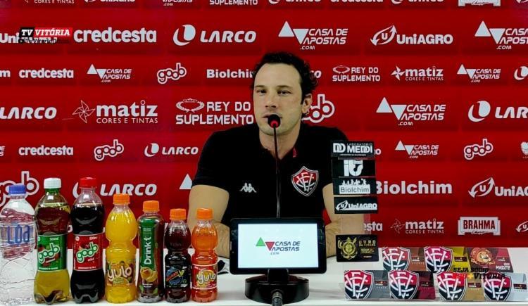 Treinador defendeu a rotatividade do elenco | Foto: Reprodução | E.C.Vitoria - Foto: Reprodução | E.C.Vitoria