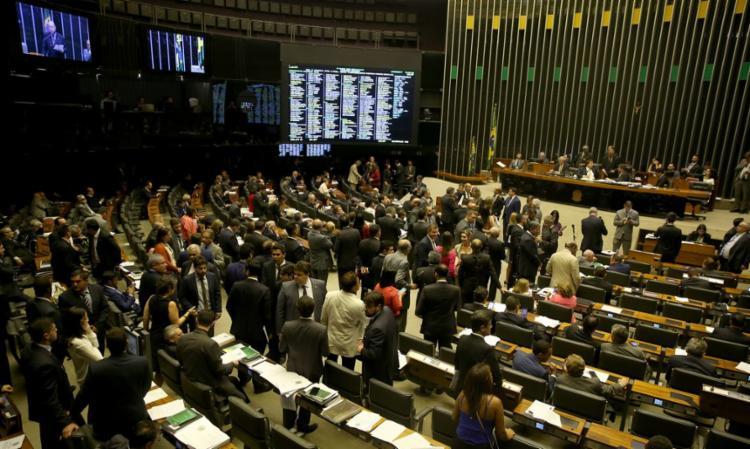 Seis dos 39 depeutados federais da bancada baiana na Câmara vão disputar as eleições - Foto: Divulgação   Agência Brasil