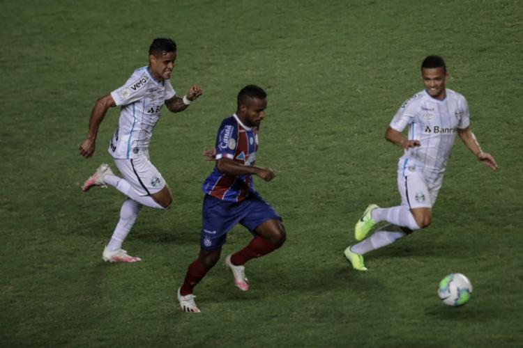 O Bahia até começou bem a partida, mas pagou pela falta de pontaria | Foto: Uendel Galter | Ag. A TARDE - Foto: Uendel Galter | Ag. A TARDE