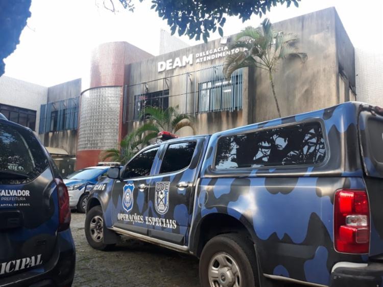Homem possuia um mandado em aberto pelo crime de furto qualificado | Foto: Divulgação | Guarda Civil Municipal - Foto: Divulgação | Guarda Civil Municipal