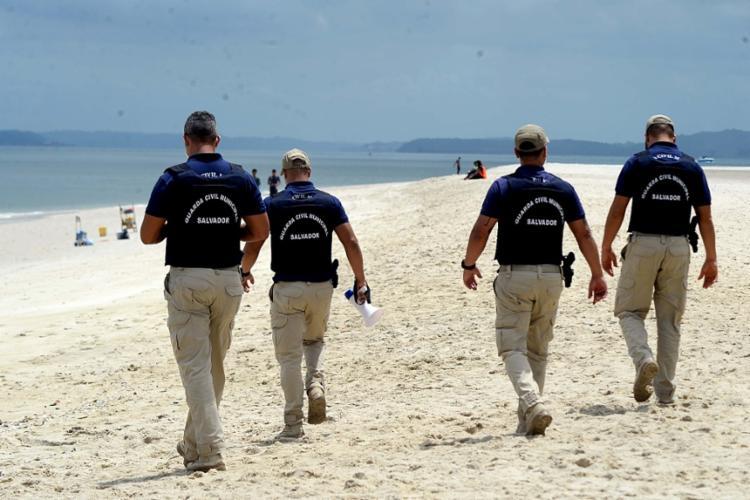 Guarda Municipal inicia fiscalização para monitorar reabertura das praias  de Salvador