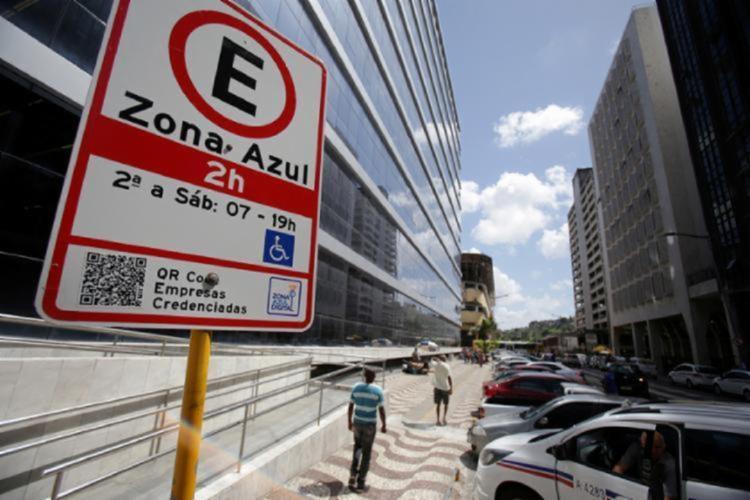 Estacionamento era proibido nesses locais por conta da estrutura   Foto: Raul Spinassé   Ag. A TARDE - Foto: Raul Spinassé   Ag. A TARDE