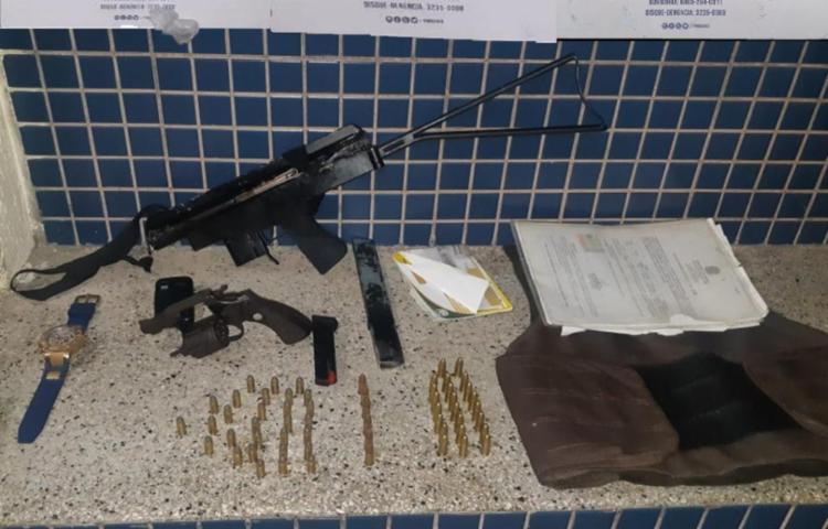 Suspeitos conseguiram fugir das guarnições   Foto: Divulgação   SSP - Foto: Divulgação   SSP