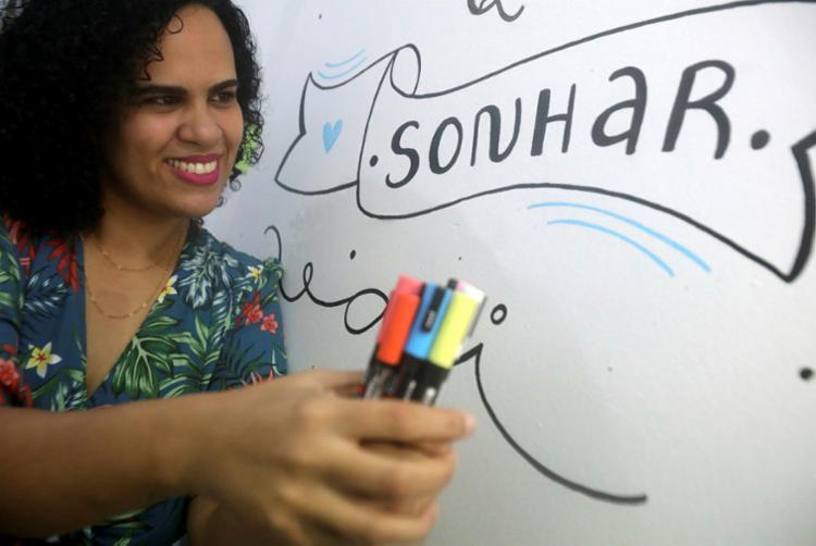 """Para Thaíse, """"as pessoas estão procurando cada vez mais algo único""""   Foto: Felipe Iruatã   Ag. A TARDE - Foto: Felipe Iruatã   Ag. A TARDE"""