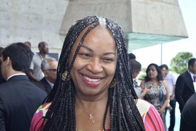 Candidata pelo PC do B, Olívia Santana quer combater o racismo e a desigualdade em Salvador - Foto: Divulgação