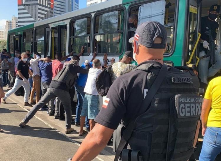 Objetivo da operação é coibir os crimes em transportes públicos   Foto: Divulgação   Ascom-PC - Foto: Divulgação   Ascom-PC
