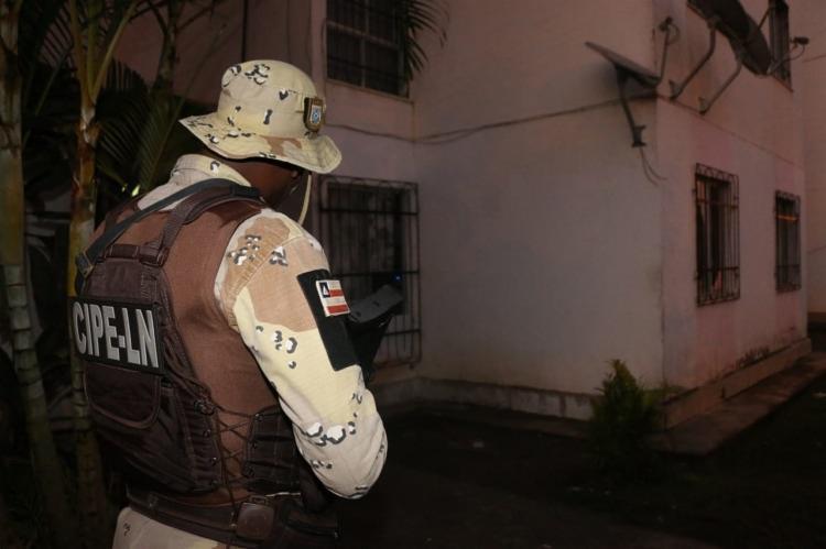 Mandados de prisão e de busca e apreensão estão sendo cumpridos em Salvador, Alagoinhas e Lauro de Freitas | Foto: Divulgação | SSP-BA - Foto: Divulgação | SSP-BA