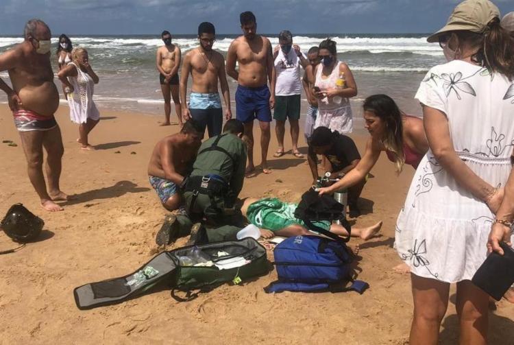 Apesar da proibição de acesso às praias, diversas praias do litoral tiveram movimento intenso | Foto: Divulgação | Graer - Foto: Divulgação | Graer