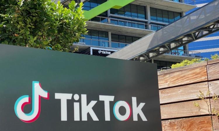 TikTok tem cerca de 100 milhões de usuários nos Estados Unidos | Foto: Chris Delmas | AFP - Foto: Chris Delmas | AFP