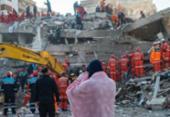 Turquia mobiliza todos os meios na busca de sobreviventes | Foto: Yasin Akgul | AFP