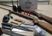 Suspeito é preso com espingardas em Dias D'Ávila | Divulgação | SSP-BA