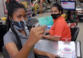 Parcela do vale-alimentação é paga para estudantes | Claudionor Jr. | Secretaria da Educação