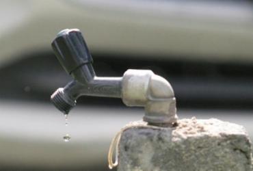 Obra do BRT deixa 10 bairros sem água nesta quinta | Luciano da Matta | Ag. A TARDE