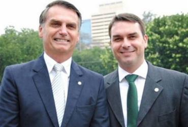 Bolsonaro recebeu advogados de Flávio Bolsonaro para discutir relatórios do caso Queiroz |