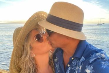 Xanddy e Carla Perez renovam votos de casamento no Havaí | Foto: Reprodução | Instagram