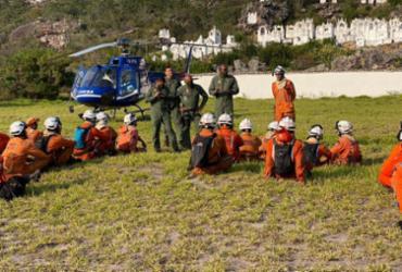 Bombeiros seguem em combate ao incêndio que atinge Chapada Diamantina   Foto: Divulgação   CBMBA