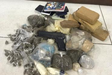 Dupla suspeita de tráfico de drogas é presa na região da Ceasa