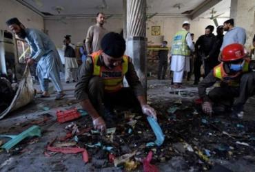 Explosão mata estudantes e fere quase 70 em seminário muçulmano no Paquistão | Abdul Majeed | AFP