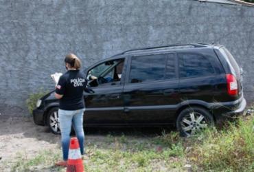 Motorista de transporte clandestino é morto a tiros dentro de carro em Feira de Santana
