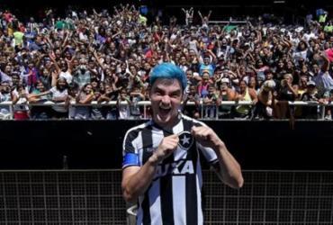 Felipe Neto desiste de investimento de R$ 3 milhões no Botafogo | Vitor Silva | Botafogo