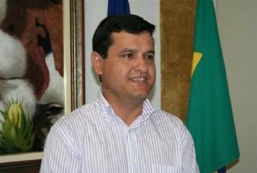 Guanambi: candidato à reeleição para prefeito é proibido pela Justiça de distribuir caixas d'água | Divulgação